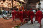बडादशैंको सातौं दिन आज धार्मिक परम्परा अनुसार फूलपाती भित्र्याइँदै