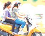 प्रहरीद्वारा नियमविपरीत यात्रु बोक्ने मोटरसाइकलमाथि कारवाही