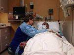 हस्पिटलका कर्मचारी छि-छि र दुर-दुर