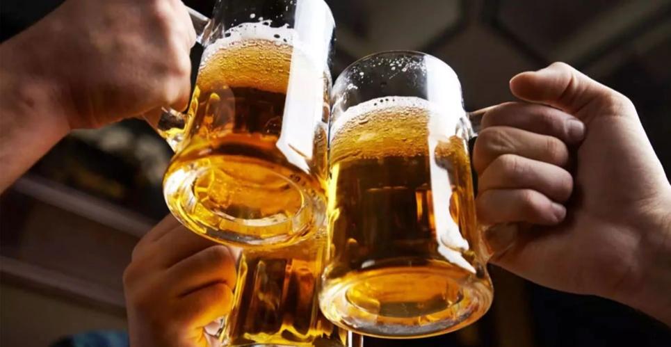 बियर पिउँदाका ९ फाइदा
